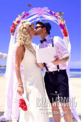 Pic: Bride & Groom..... The KISS!!!